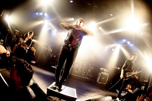 全国15万部を誇る日本最大級のミュージックフリーマガジン on Web!!JUNGLE☆LIFESiM