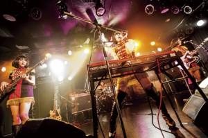 キノコホテル_ライブ写真